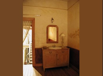 Appartager BE - 1 chambre en coloc dans une maison exceptionnelle - Charleroi, Charleroi - €480