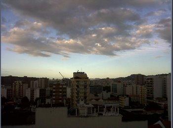 EasyQuarto BR - Quarto para alugar em cobertura próximo UERJ - Tijuca, Rio de Janeiro (Capital) - R$1200