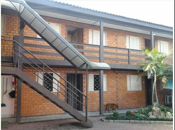 EasyQuarto BR - PENSIONATO DE ESTUDANTES - Zona Leste, Porto Alegre - R$650
