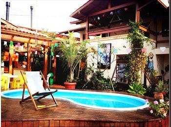 EasyQuarto BR - Suites na Lagoa da Conceiçào com piscina - Lagoa da Conceição, Florianópolis - R$1200