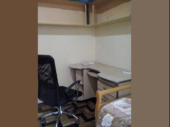 EasyQuarto BR - alugo quarto para estudante - Centro, Porto Alegre - R$600