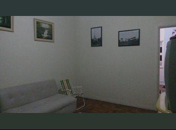EasyQuarto BR - Aluga-se Quarto - Santa Cecilia, São Paulo capital - R$670