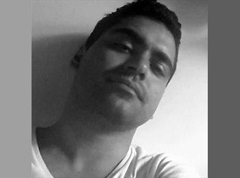 Samir - 32 - Estudante