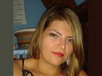 Maria  - 28 - Profissional