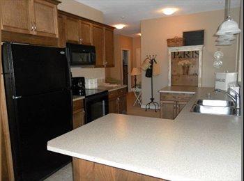 EasyRoommate CA - Great Room for Rent in New Condo - Kelowna, Thompson Okanagan - $600
