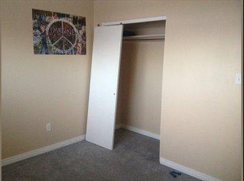EasyRoommate CA - looking for female roommate - West, Edmonton - $1000