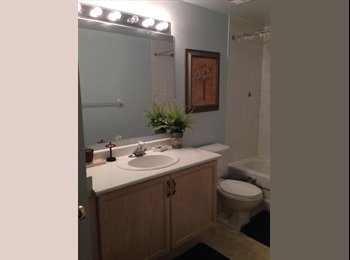 EasyRoommate CA - 1/2/3 bedroom townhouse $600/each room - Mississauga, South West Ontario - $600