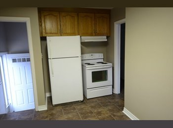 EasyRoommate CA - Room Available Close to Fanshawe!! - London, South West Ontario - $425