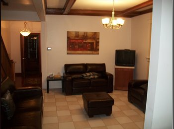EasyRoommate CA - room for rent excellent location - Toronto, Toronto - $650