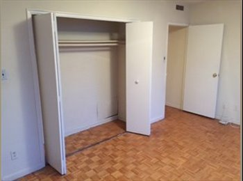 EasyRoommate CA - Professional and part-time student - Forest Hill, Toronto - $775