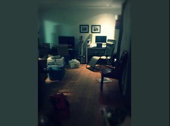 EasyRoommate CA - Roommate wanted 600 all inclusive !!! - Burnaby, Burnaby - $600