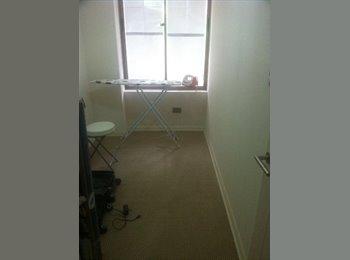 Habitación (con baño indep.) - Metro Irarrazabal