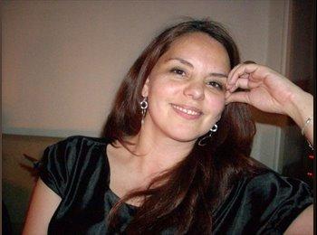 Pamela - 44 - Profesional