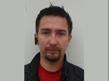 Felipe  - 34 - Estudiante