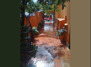CompartoApto CO - habitaciones con entrada independiente y baño privado, cama, televisor con t.v. cable, nevera, inter - Cartagena, Cartagena - COP$*