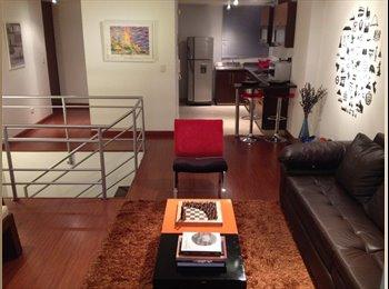 Comparto apartamento dúplex en Chapinero Alto