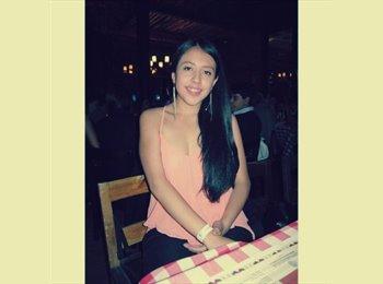 Ana Maria  - 18 - Estudiante