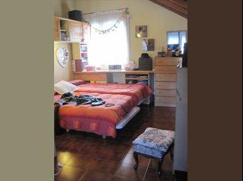 EasyPiso ES - Comparto habitaciones con adultos profesionales, . - Castelldefels, Barcelona - €400