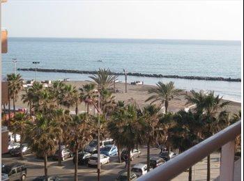 EasyPiso ES - Al  mejor sitio para vivir en Almeria - Centro, Almería - €250