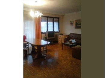 EasyPiso ES - Habitación para estudiantes en iturrama - Otras Áreas, Navarra - €190