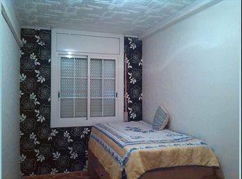 EasyPiso ES - Habitación a chica responsable - El Prat, Barcelona - €300