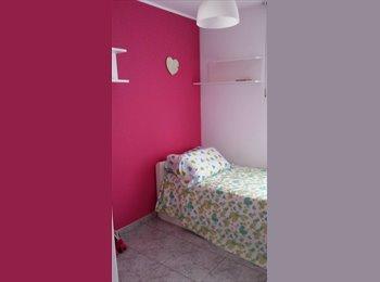 EasyPiso ES - alquilo habitación  - Castelldefels, Barcelona - €300