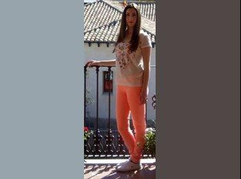 EasyPiso ES - Claudia - 18 - Barcelona