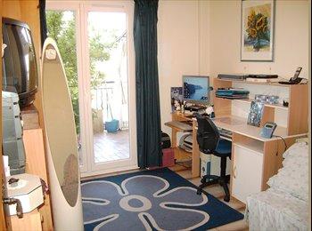 Appartager FR - chambre chez l'habitant pour personne sérieuse et de confiance - Nord Centre Nice, Nice - €370