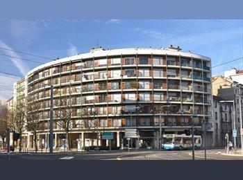 Appartager FR - BD Clemenceau / STADE DES ALPES - Grands boulevards, Grenoble - €350