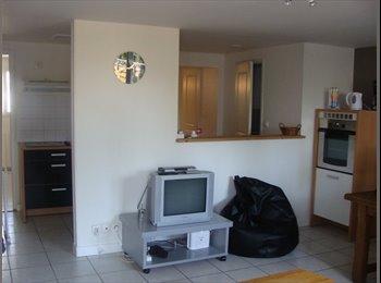 Appartager FR - LA ROCHELLE quartier calme, 10mn centre ville - La Rochelle, La Rochelle - €380