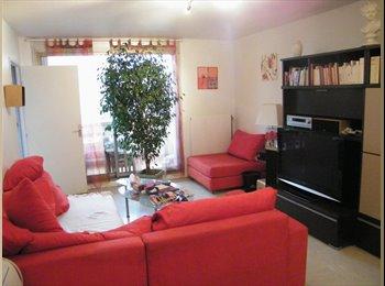1 chambre lit double , services et ménage inclus