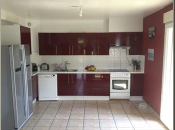 Appartager FR - Colocataire dans maison St julien en Genevois - Neydens, Annemasse - €600
