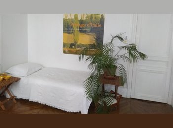 Furnished room-75010 Paris -available June 2015