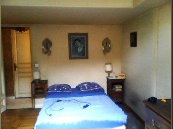 une chambre à Nice - Cimiez