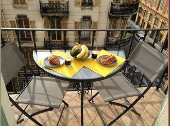 Studio au Port de Nice avec balcon