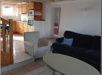 Appartager FR - Colocation maison meublée Pour 3 etudiants - Vannes, Vannes - €300