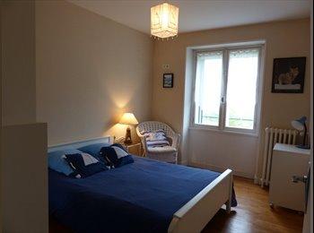 Appartager FR - chambre meublée dans maison au calme - Brest, Brest - €350
