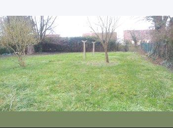 Appartager FR - Maison cercottes éudiants,salariés, militaires - Orléans, Orléans - €350
