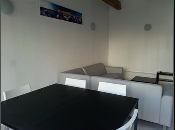 Appartager FR - colocation 3 chambres dans t4 - La Seyne-sur-Mer, Toulon - €250