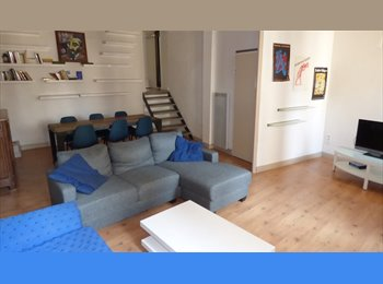 Appartager FR - Duplex standing 93m2 meublé 3 ch intra muros - Avignon, Avignon - €1200
