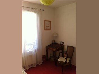 Appartager FR - Colocation maison secteur Mongrés Coeur de ville - Villefranche-sur-Saône, Lyon - €450