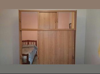 Appartager FR - chambre pour 1 ou 2 personnes,lit jumeau - La Trinité, Nice - €450