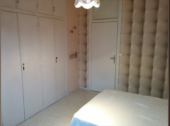 Appartager FR - agréable chambre centre des congrès - Angers, Angers - €290