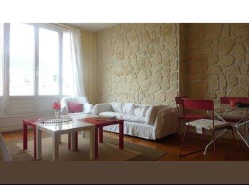 Appartager FR - chambre ensoleillée en centre ville - Le Havre, Le Havre - €350