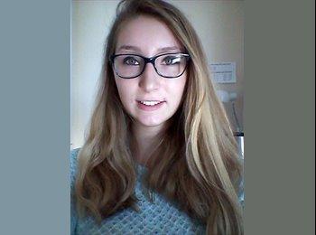 Astrid - 18 - Etudiant
