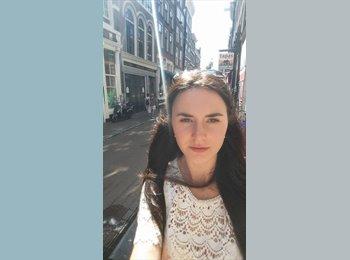 Anastasija - 23 - Etudiant