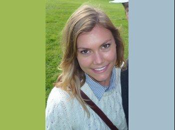 Melissa - 24 - Etudiant