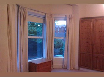 EasyRoommate IE - Large, sunny room to let in Stoneybatter - Dublin City Centre, Dublin - €560