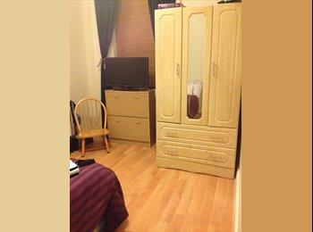 EasyRoommate IE - Double Room FOR COUPLE - Dublin City Centre, Dublin - €690