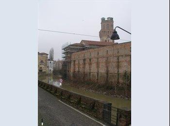 EasyStanza IT - Una doppia in centro ( 8 minuti a piedi dal Bo') - Padova, Padova - €205